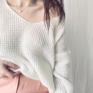 •PEARLESCENT• billowy sweater •